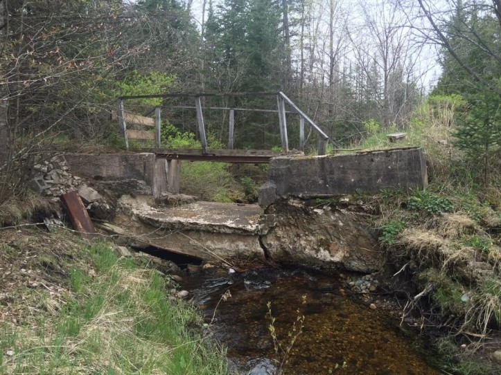 small dam michigan pine river huron pines removal